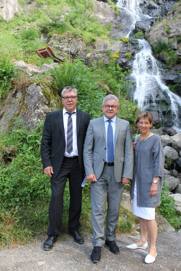 Landesjustizminister Guido Wolf besucht den Todtnauer Wasserfall