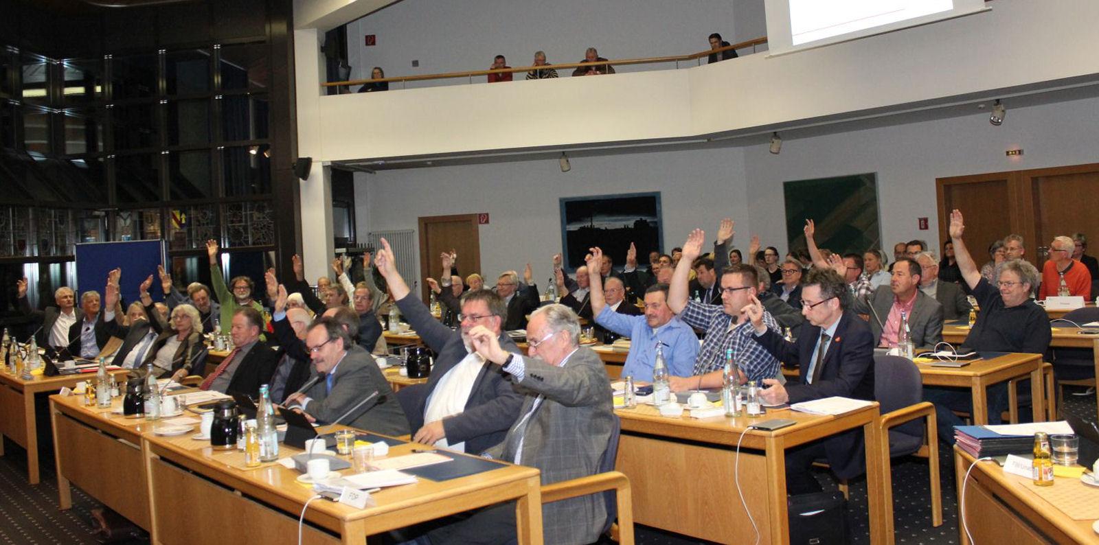 Kreistagssitzung vom 05.04.2017: Tendenzentscheidung zum Standort des Zentralklinikums