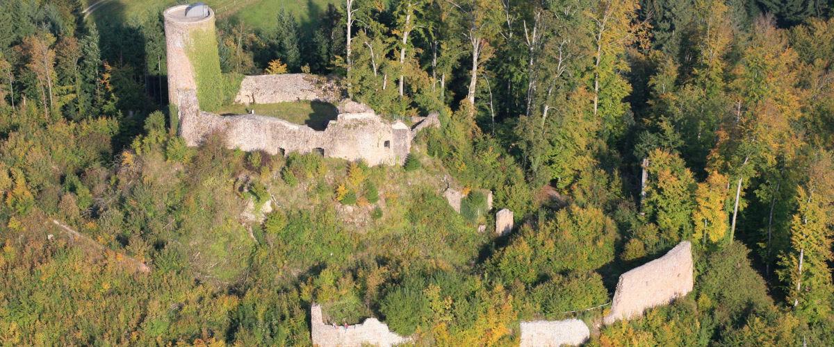 Luftbild der Sausenburg, Foto: Tourist Information Kandern
