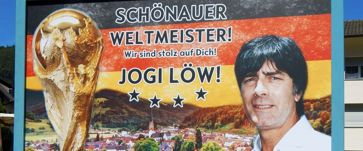 Schild von Jogi Löw