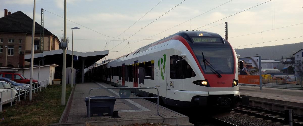 Regio S-Bahn, Halt im Bahnhof Lörrach