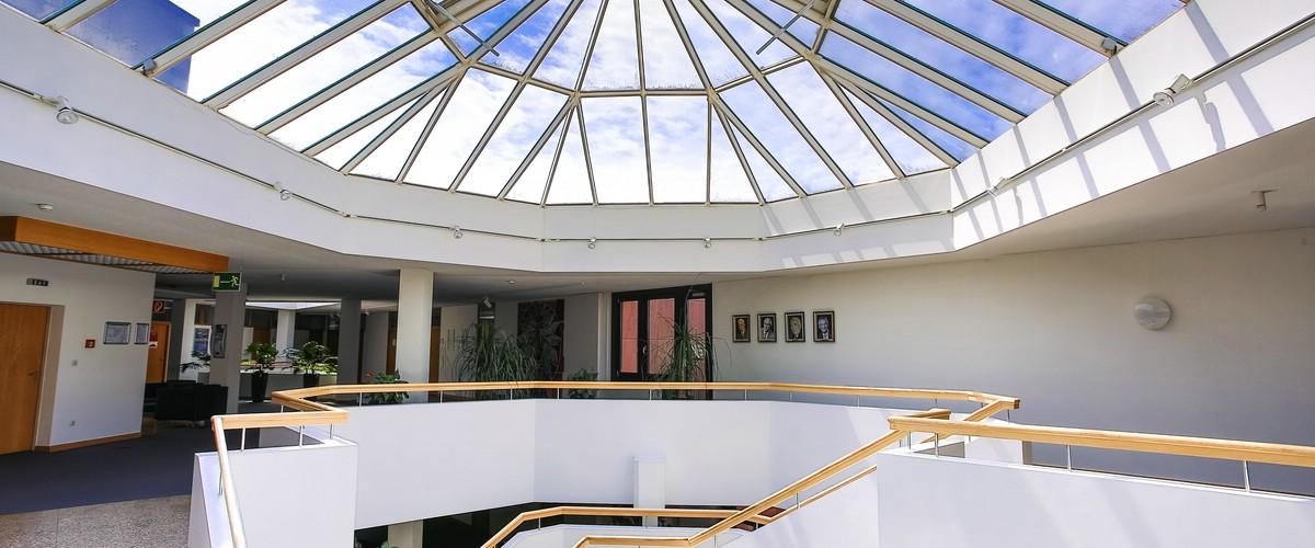 Glaskuppeldach im 3. OG des Landratsamtes, Haus 1