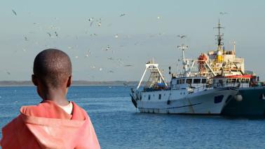 Minderjähriger Flüchtling auf seiner langen Reise © fotolia - francovolpato