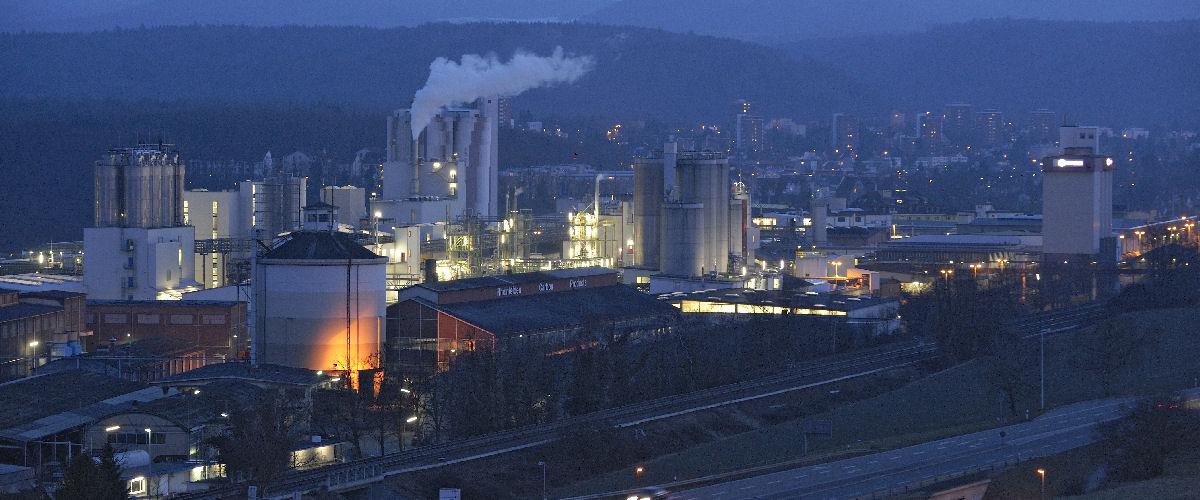 Blick auf die Fa. Cabot GmbH in Rheinfelden