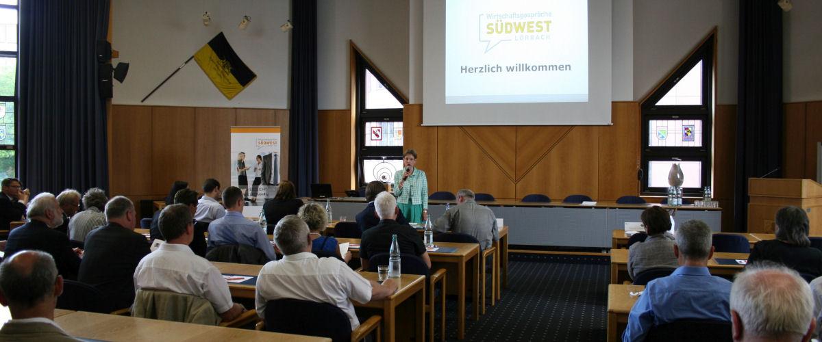 Landrätin Marion Dammann während der Wirtschaftsgespräche