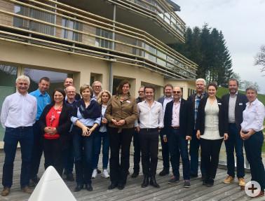 Die Teilnehmenden des Auftaktsymposiums im Hotel Waldfrieden in Todtnau-Herrenschwand.