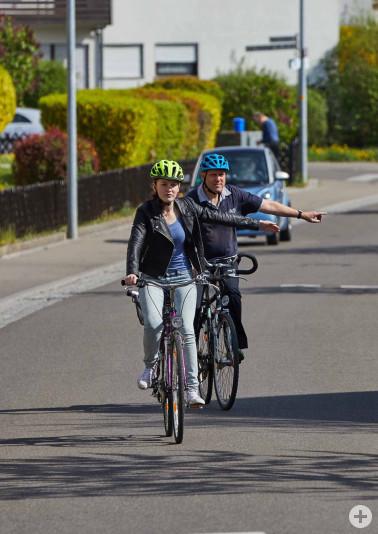 Vorausschauendes Fahren trägt zum freundlichen Miteinander im Straßenverkehr bei. Bildquelle: AGFK-BW, Marcus Gloger
