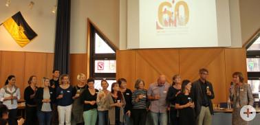 Das Team der Psychologischen Beratungsstelle mit Leiter Günter Koenemund (2. v.r.) bei der Verleihung des Qualitätssiegels im Landratsamt durch Silke Naudiet, Geschäftsführerin der Bundeskonferenz für Erziehungsberatung (ganz rechts).