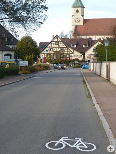 Neue Fahrradmarkierungen in Schliengen
