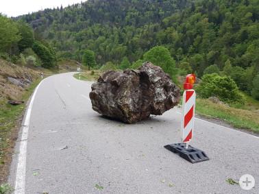 Felssturz auf die Landesstraße 149 zwischen Präg und Bernau im Schwarzwald