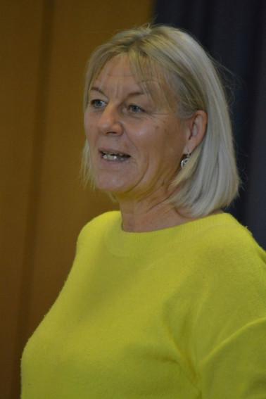 Sabine Vogel zeigte Tageseltern und Erzieherinnen beim Fachtag Kindertagespflege, wie man mit seinen Ressourcen achtsam umgeht.